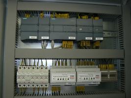 Sestava PLC regulátoru